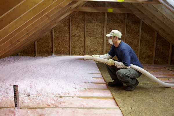 Selecting a good insulation contractor in Whitby