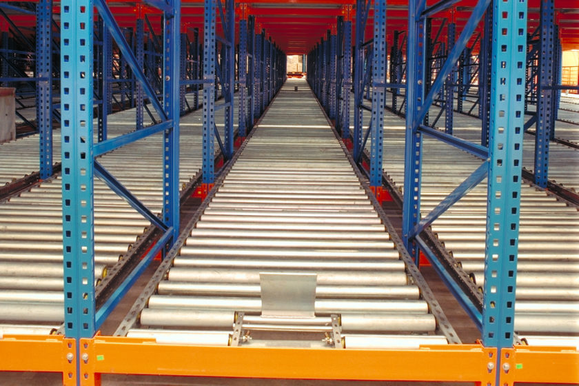 Why Should You Invest in a Pallet Flow Rack For Your Business?